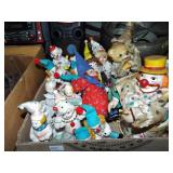 ASSORTED CLOWN FIGURINES