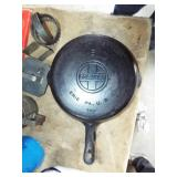 #8 GRISWOLD FRY PAN