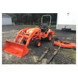 Kubota BX1860V Tractor w/attachments