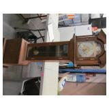 Vtg Tempus Frigil Grandmother  Hall Clock