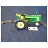 Ertl John Deere toy 520 tractor
