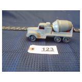 Tootsie Toys Chicago 34 cement truck