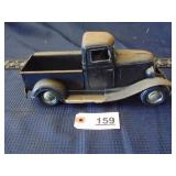 toy tin pickup truck