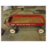 "Roadmaster ""Big Red Wagon"" - pulls child"