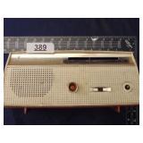 Channel Master model 6510 Transister super radio