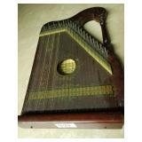 Mandolin Guitar -Universal Music Co