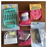 Meat Claws, Tasting Plates, Thermometer, Scrub