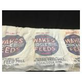 Wakes feed sacks