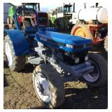 NEW HOLLAND 8010 Tractor, MFWD