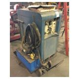 MILLER 320 A/BP Gas Arc Welding Machine