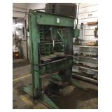 WELLCO 30 Ton Hydraulic Press