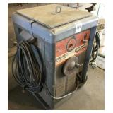 LINCOLN IdealArc TM400 AC/DC Arc Welder
