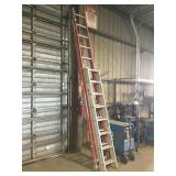 Lot of (2) Extension Ladders