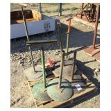 Pallet of (5) Iron Posts/Stands