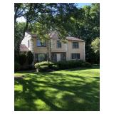 4 BEDROOM 2.5 BATH CENTER HALL COLONIAL HOME