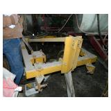 Taylor-way 3 pt. 5' chisel plow