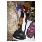 PAIR OF TOY GUNS