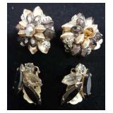 2 pair of Clip on Vintage Earrings.