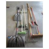 Assorted Long Handled Tools