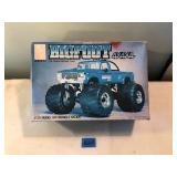 Big Foot 4x4x4 1/25 Model Kit By AMT Ertl 1984
