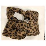 Cheetah Print Microfiber Throw Blanket