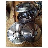 Mopar hubcaps