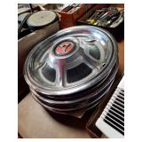 1968? Dodge hubcaps