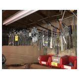 Conduit Mast Hangers & Dead Ends