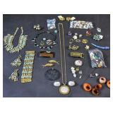 Group lot of costume jewelry, beads & buttons