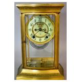 Gilt-metal mantel clock