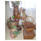 Primitive Items & Baskets