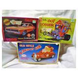 2 Models and Cartoon Car