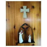 2 Willow Tree figures, Cross and Arch