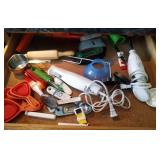 contents of drawer - electric knife, collapsing