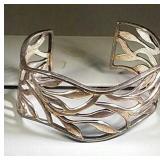 Cuff Bracelet, 38.4 grams, 2.5 inches round