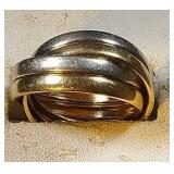 14k yg & wg interlocking rings, 4.9 grams, size 7