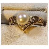 14k yg, Pearl ring, 3.1 grams, size 7.25
