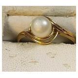 14k yg Pearl ring, 2.0 grams, size 7