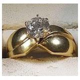 14k yg 1 ct Diamond ring, 3.9 grams, size 6.5