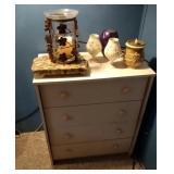 4 drawer dresser, granite block and candle decor