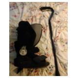 Maxtrax medium walking boot and adjustable cane