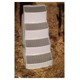 pet staircase (steps) - 20 inch tall by 22 inch