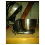 3 kitchen appliances - Hamilton Beach mixer,