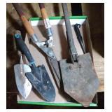 lot of garden tools - 2 hand trowels, hand spade,