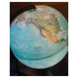 National Geographic Spherical Concepts globe/lamp