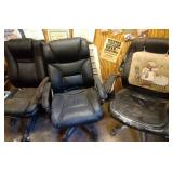 lot of 3 office chairs