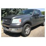 2004 Ford F150 - 4x4!