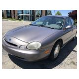 1996 Ford Taurus - Low Miles!