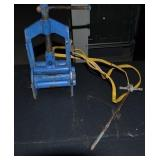 PIPE SQUEEZER WITH GROUND ROD
