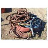 LOT OF ASSORTED AIR AND HYDRAULIC HOSES